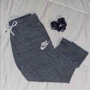 NIKE Gray Cropped Sweatpants